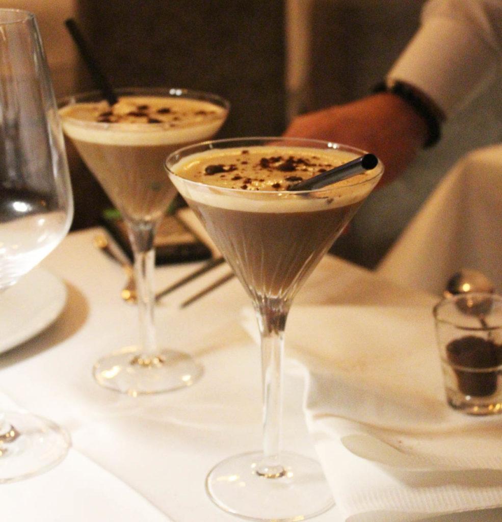 Cocktail im Berliner Belucci / Food Fellas